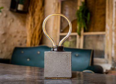 Objets design - Lampe à poser | Lampe Béton | NOUVEAUTÉ | Made in France - JUNNY