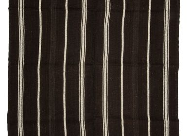 Contemporary - BLACK AND WHITE RUG - OLDNEWRUG