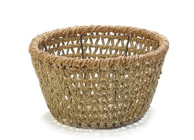 Decorative objects - AF384 - Open weaved basket w/ rope border - MAISON PEDERREY / TONI VAN PARIJS
