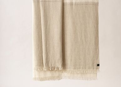 Decorative objects - Throw blanket D'Abord - TEIXIDORS