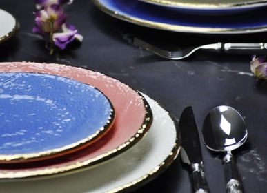 Formal plates - Preta Gold | Ceramic plates |Made in Italy - ARCUCCI TRADE SRL