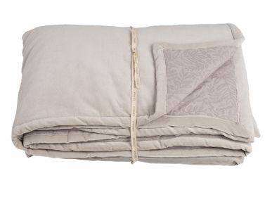 Bed linens - Boutis Velourama - Shadow Beige 110 x 220 cm - CONSTELLE HOME