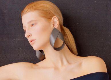 Bijoux - Boucles d'oreilles en bois Gutta-Percha 1 - NATURA ACCESSORIES