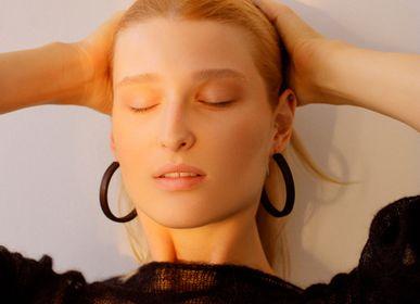 Jewelry - Wooden earrings Gutta-Percha Hoops M - NATURA ACCESSORIES