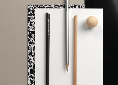 Stationery store - Natural & black magnetic pencil - TOUT SIMPLEMENT,