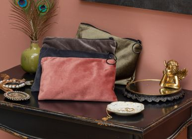 Clutches - S/4 jewelry/makeup pouches - CHEHOMA