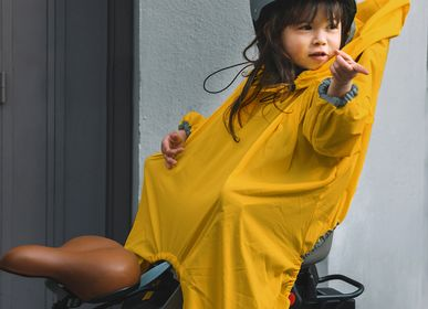 Children's fashion -  The Raincoat for bicycle seat  - RAINETTE