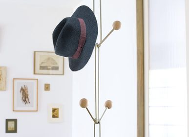 Design objects - Ceiling mounted coat rack / tiens-tiens - TOUT SIMPLEMENT,