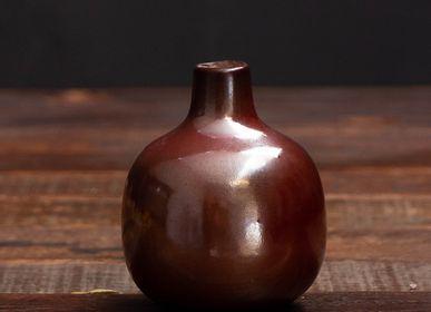 Vases - Small ceramic vase burgundy - CHEHOMA