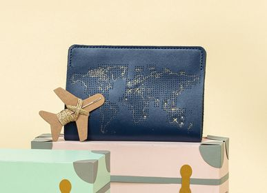 Travel accessories / suitcase - Stitch Passport Cover Navy - CHASING THREADS