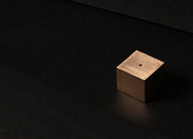 Office set - The Square Incense Holder - TACHI