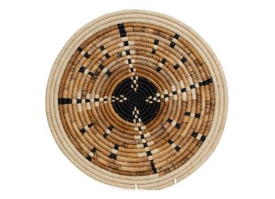 "Wall decoration - 17"" Medium Arrow Banana Bark Woven Wall Art Plate - ALL ACROSS AFRICA + KAZI"