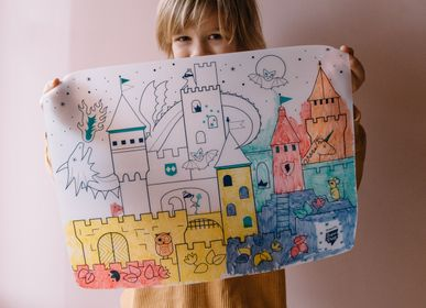 Design objects - Silicone colouring table mat for kids with 5 dry markers included. - SUPERPETIT