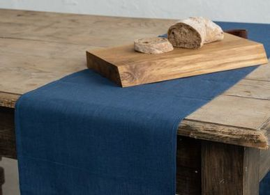 Table cloths - LINEN TABLE RUNNER - RIO LINDO - THINGS THAT INSPIRE