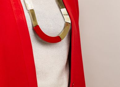 Jewelry - African blonde horn plate necklaces, red lacquer and brass - L'INDOCHINEUR PARIS HANOI