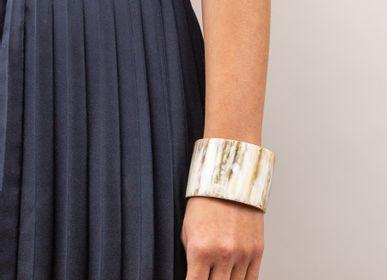 Jewelry - Blonde Horn Bracelets - L'INDOCHINEUR PARIS HANOI
