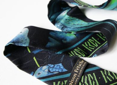Gifts - NIGHT THEATRE GREEN LIGHT KNOTTED FETISH PRINTED SILK TWILL BRACELET - MAISON FÉTICHE