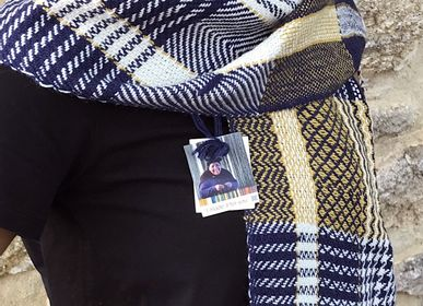 Foulards / écharpes - Shawls in Premium Pure materials  - T'RU SUSTAINABLE HANDMADE