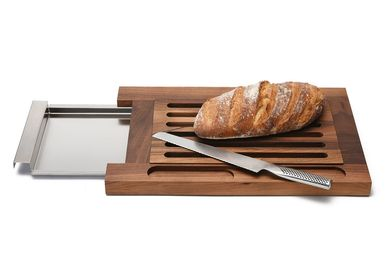 Kitchen utensils - Bread server with cutting board - BREKA