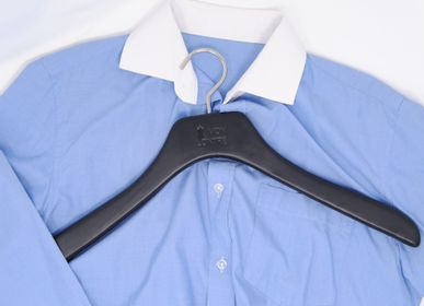 Hotel rooms - Hangers wrapped in leather, PU leather, Alcantara or microfiber - MON CINTRE