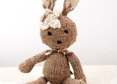Soft toy - Ditsy Rabbit S - fair trade &  handmade in raw wool hand-spun tinted with plants - KENANA KNITTERS