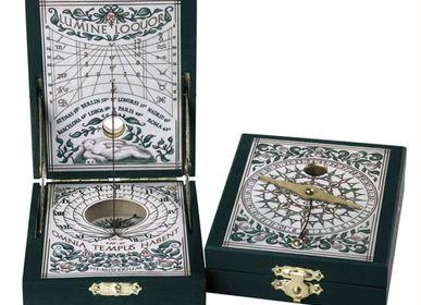 Gift - Sundial -  Kepler paper - HEMISFERIUM