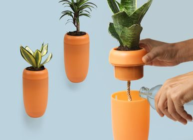 Layout - Carepot : Carrot Recycled Plastic Self-Watering Plant Pot for Indoor and Outdoor Garden Decorate Home - QUALY DESIGN OFFICIAL