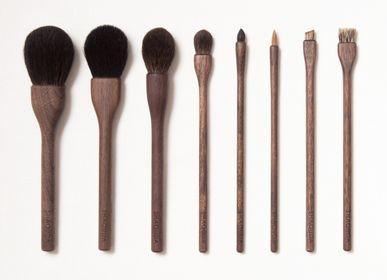 Beauty products - UBU 8 Brushes - SHAQUDA