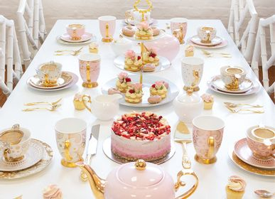 Platter, bowls - 3-Tier Ivory Cake Stand - CRISTINA RE