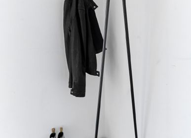 Armoires - CLOTHES RACK, WALL - LIND DNA