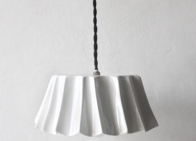Suspensions - Baladeuse en porcelaine  - EPURE