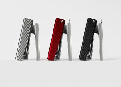 Stationery store - MAX JAPAN ALUMINIUM STAPLER - MARK'S EUROPE