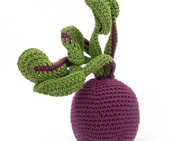 Toys - BEETROOT - BABY RATTLE 100% ORGANIC COTON - MYUM - THE VEGGY TOYS
