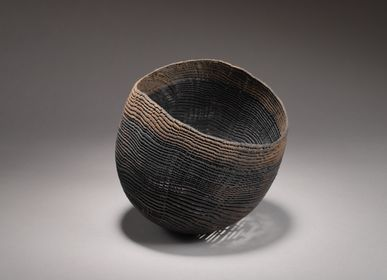 Decorative objects - medium black bowl - PASCAL OUDET