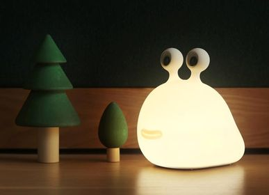 Wireless lamp - Sluglight Wireless Bedside Lamp by Muid - KUBBICK
