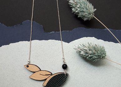 Bijoux - Collier PLUME en bois et cuir recyclé - NI UNE NI DEUX BIJOUX