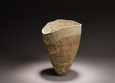 Decorative objects - Natural vase, open shape - PASCAL OUDET