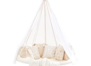 Design objects - Brilliant White Deluxe Sunbrella TiiPii Bed, Medium - TIIPII BED
