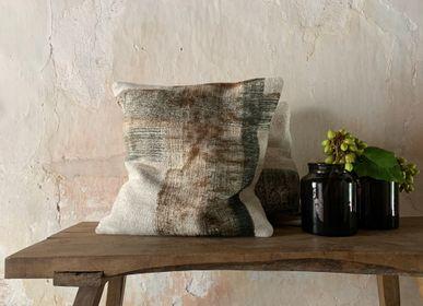 Cushions - cushions/ textiles/ decoration - COTÉ PIERRE MATHILDE LABROUCHE
