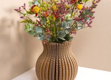 Vases - Vase made of recycled cardboard / cache-cache. - TOUT SIMPLEMENT,