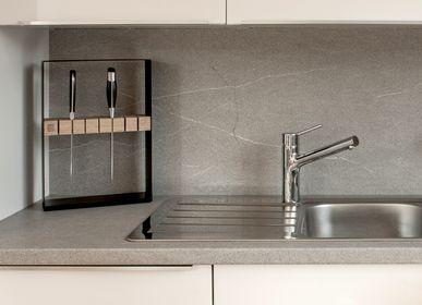 Ustensiles de cuisine - Bloc à couteaux NIO | Porte-couteau en acier peint par poudrage et bois de chêne massif, huilé à la main - 3S DESIGN
