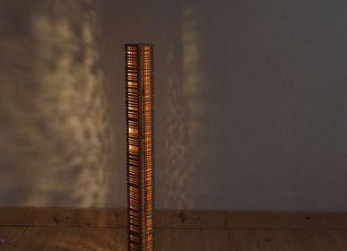 LED modules - Colonne en hêtre et merisier - LAMPES EN BOIS - GILLES ANSEL