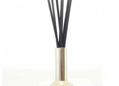 Diffuseurs de parfums - Parfums d'ambiance en spray ou en bouquet. Rechargeable - AUTOUR DU PARFUM