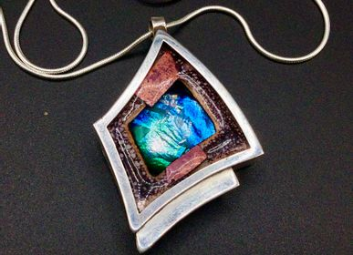 Jewelry - Glass and enamel pendant 4 - PEDRO SEQUEROS