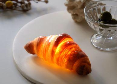 Luminaires - PAMPSHADE -croissant bread lamp- - PAMPSHADE BY YUKIKO MORITA