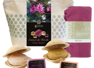Beauty products - Kerala fragrance wellness gift bag, note Fleurie, organic cotton. - KARAWAN AUTHENTIC