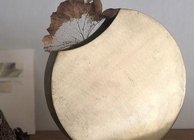 Homewear - Eclipse Metal Vase - NAMAN-PROJECT