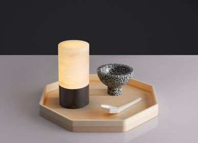 Outdoor decorative accessories - TOTEM Rechargeable Alabaster Table Lamp - VOLTRA