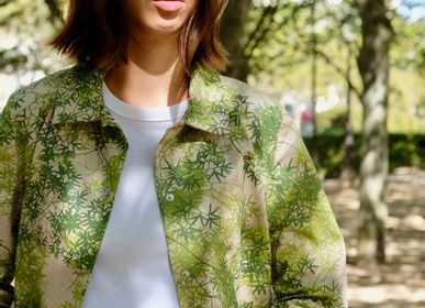 Apparel - Forest raincoat - PETALSTREAM