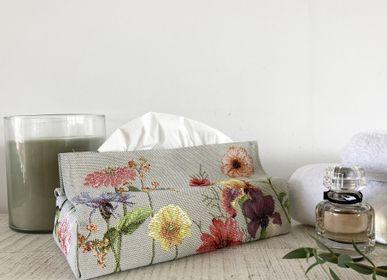 Petite maroquinerie - Boîte de mouchoirs et galettes de chaise  - ART DE LYS